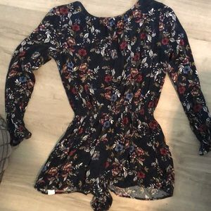 Band of Gypsies navy floral romper small